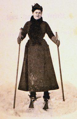 Skiläuferin, um 1905